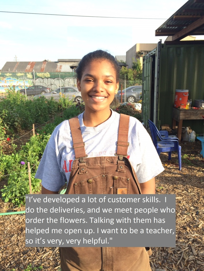 Intern Jasmine at the WOW Flower Farm